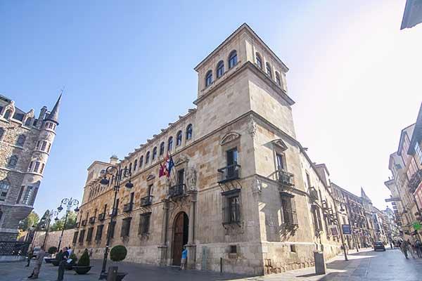 palacio-de-guzmanes